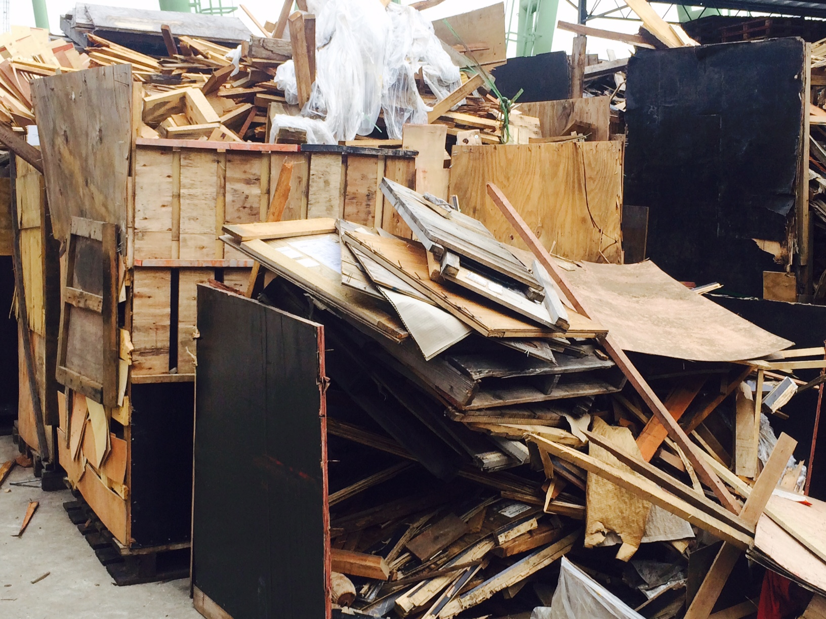 Collection Of Waste Wood Pallets And Crates Sing Mah